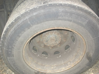 dezmembrari camion De vanzare anvelope camioane.