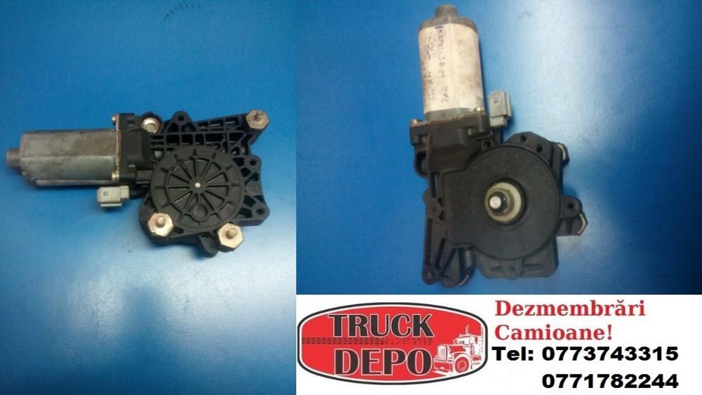 dezmembrari camion Motoras geam DAF XF 95