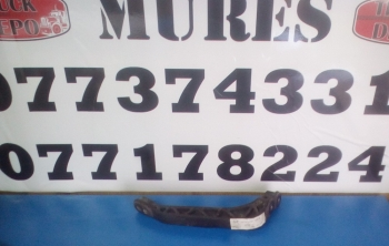 dezmembrari camion Suport ochelar far stanga Mercedes Atego