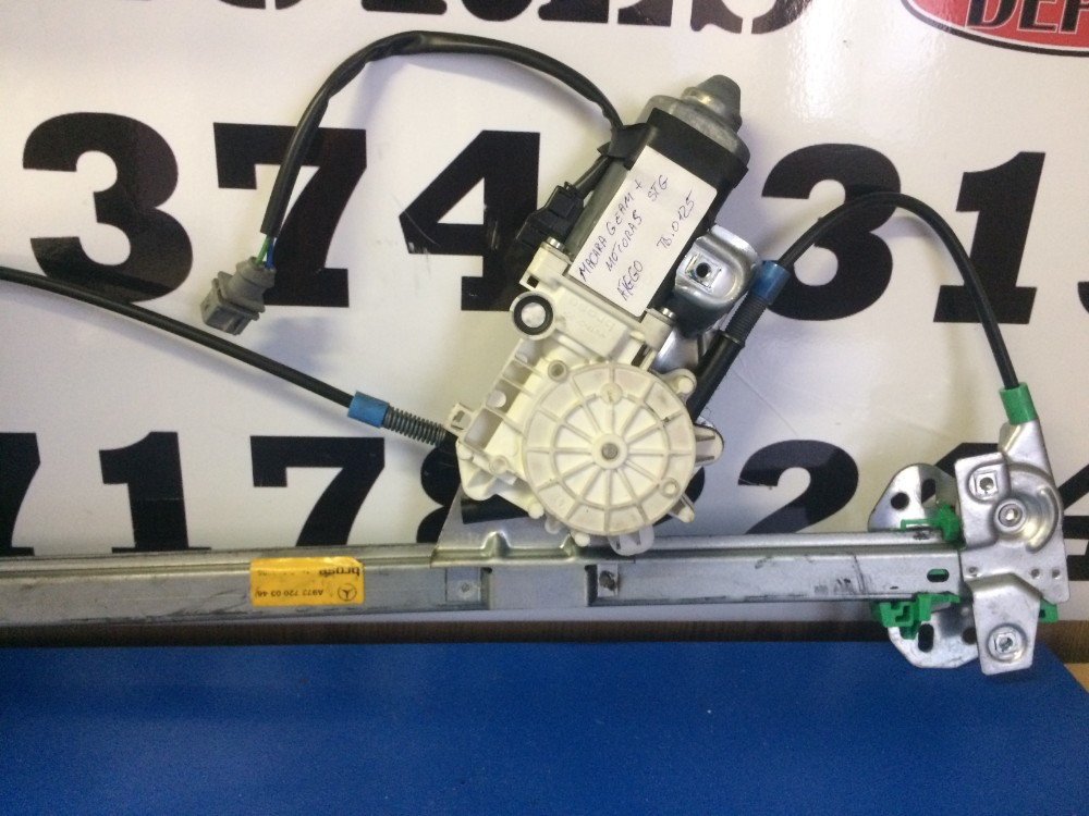 Macara geam+motoras stanga Mercedes Atego 816
