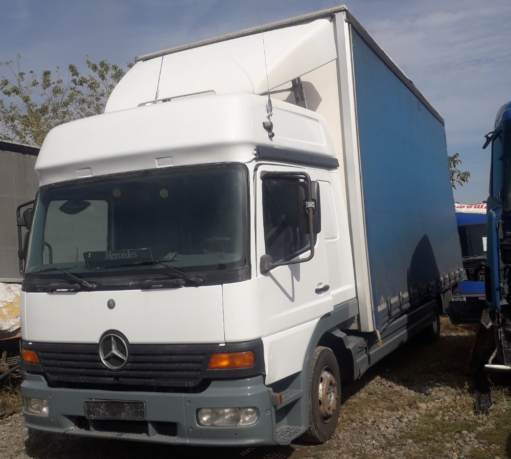 Mercedes Benz Atego 8.230