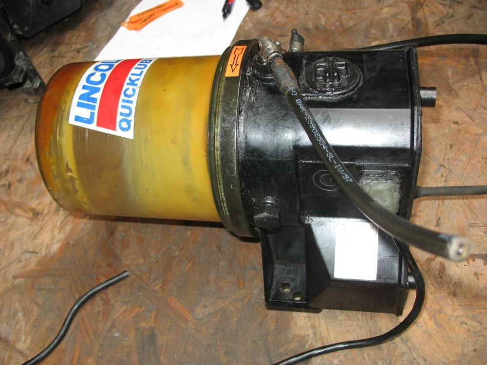 Pompa gresare automata