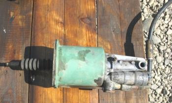 dezmembrari camion Vand pompa receptor ambreaj