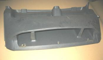 dezmembrari camion Vand suport interior usa Mercedes Atego