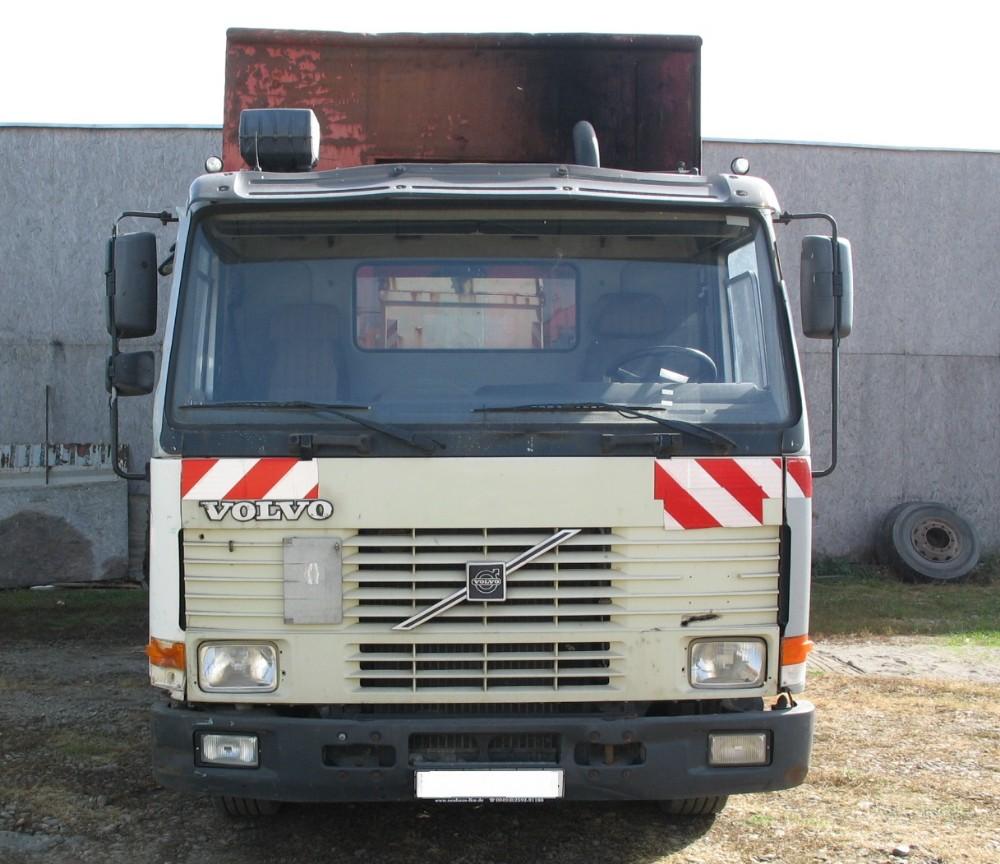 dezmembrari camion Volvo FL 7 6x2