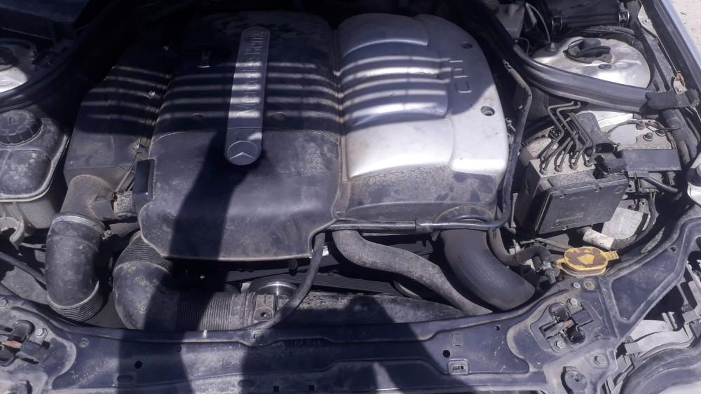dezmembrari camion Mercedes Benz C 200 CDI
