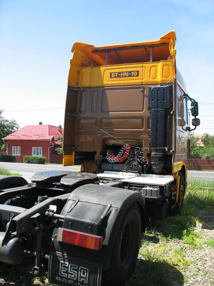 dezmembrari camion DAF 105XF410