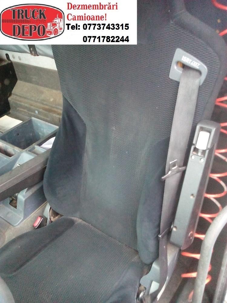 dezmembrari camion Se dezmembreaza Mercedes Actros 2540