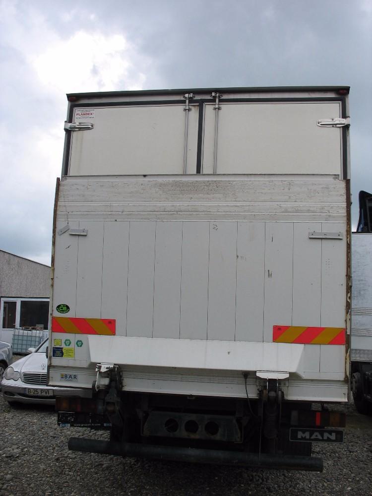 dezmembrari camion MAN LE 12.220