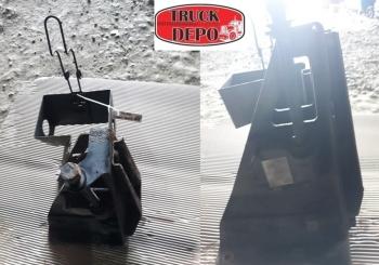 dezmembrari camion Suport roata de rezerva MAN TGM 18.24