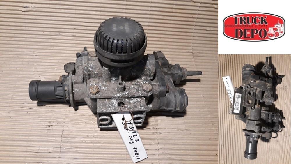 dezmembrari camion Supapa regulator forta Mercedes Atego 2 1322