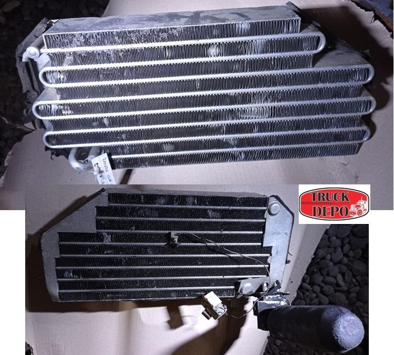 dezmembrari camion Radiator incalzire+ butelie fr Scania 124 L 420