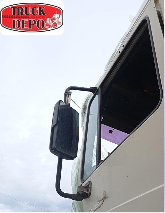 dezmembrari camion Oglinda DAF XF 95.430