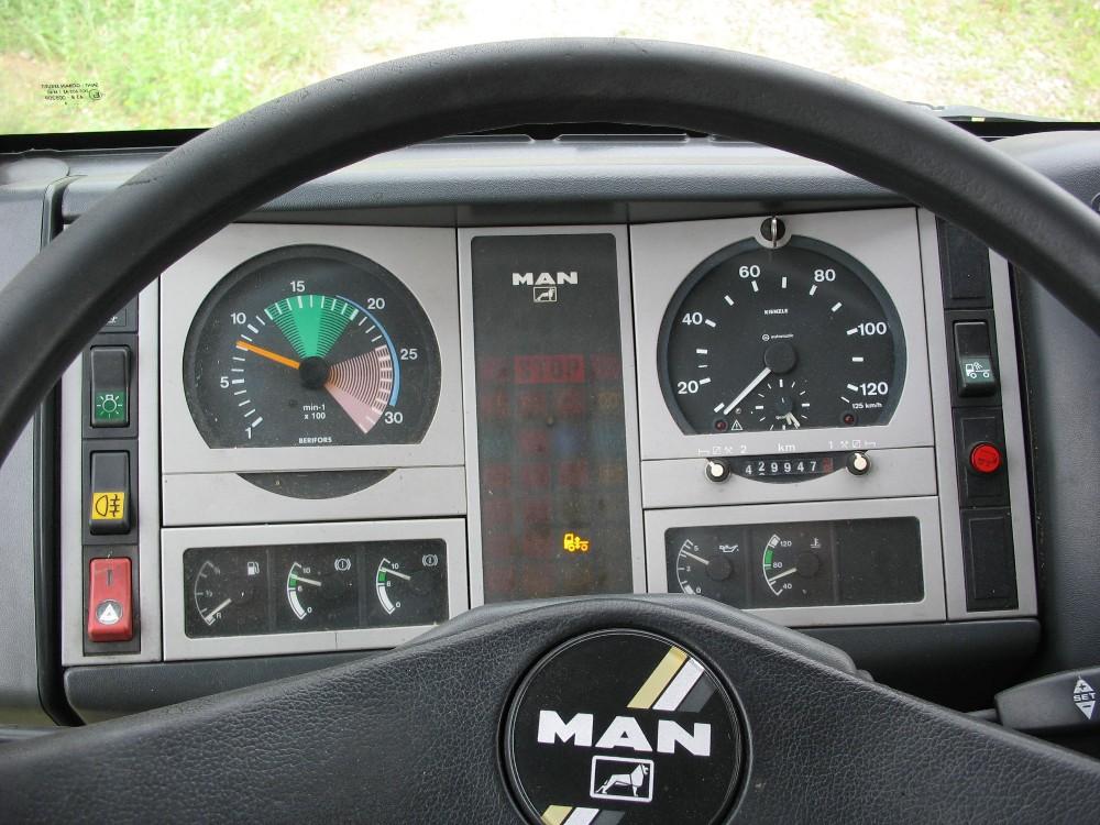 dezmembrari camion MAN L2000