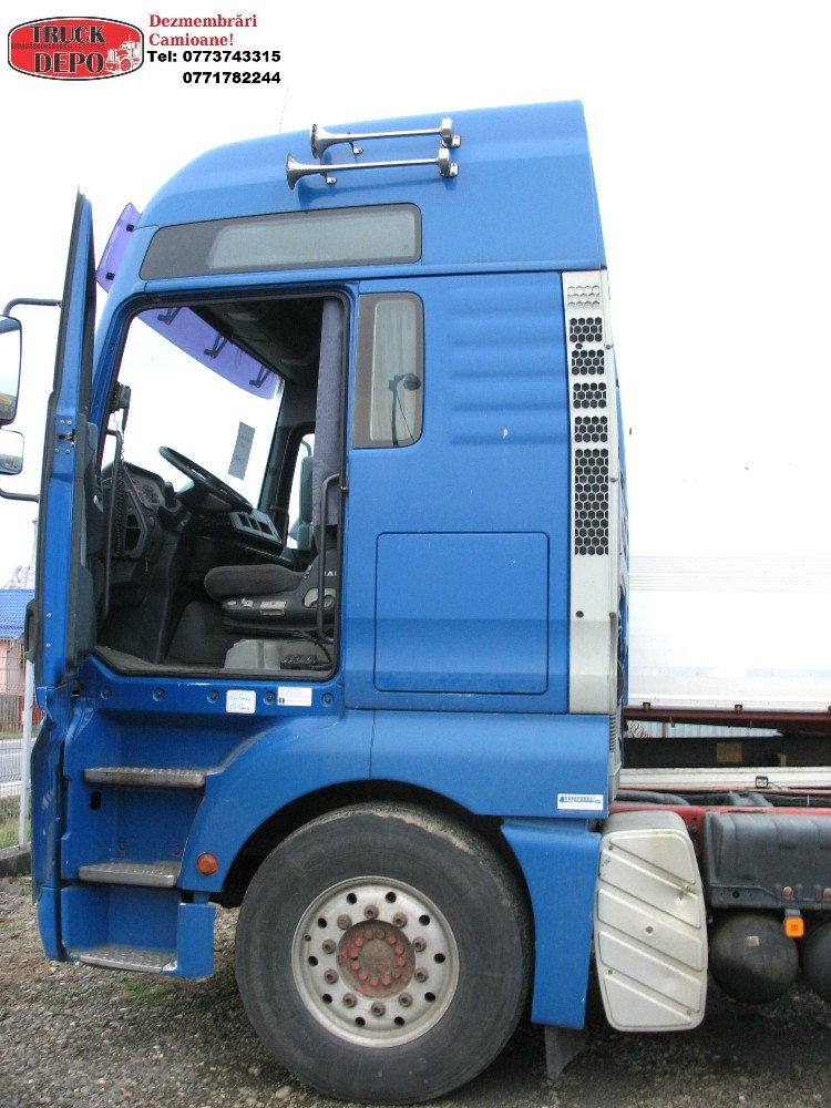 dezmembrari camion MAN TGA 460 XXL se dezmembreaza